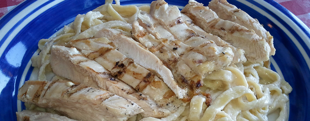 Taste the absolutely delicious chicken fettucini!